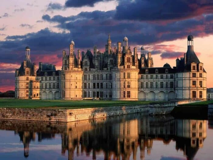 French Wine Regions Loire Cotes Du Rhone And Languedoc Top Wine