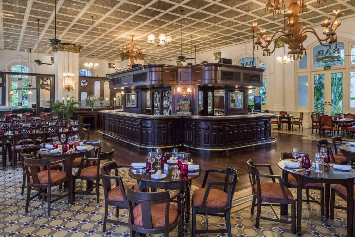 Raffles-Hotel-Bar-Billard-Room-1