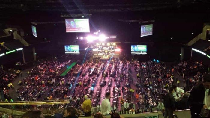 Glasgow, dart for 13000 tilskuere. This is huge!