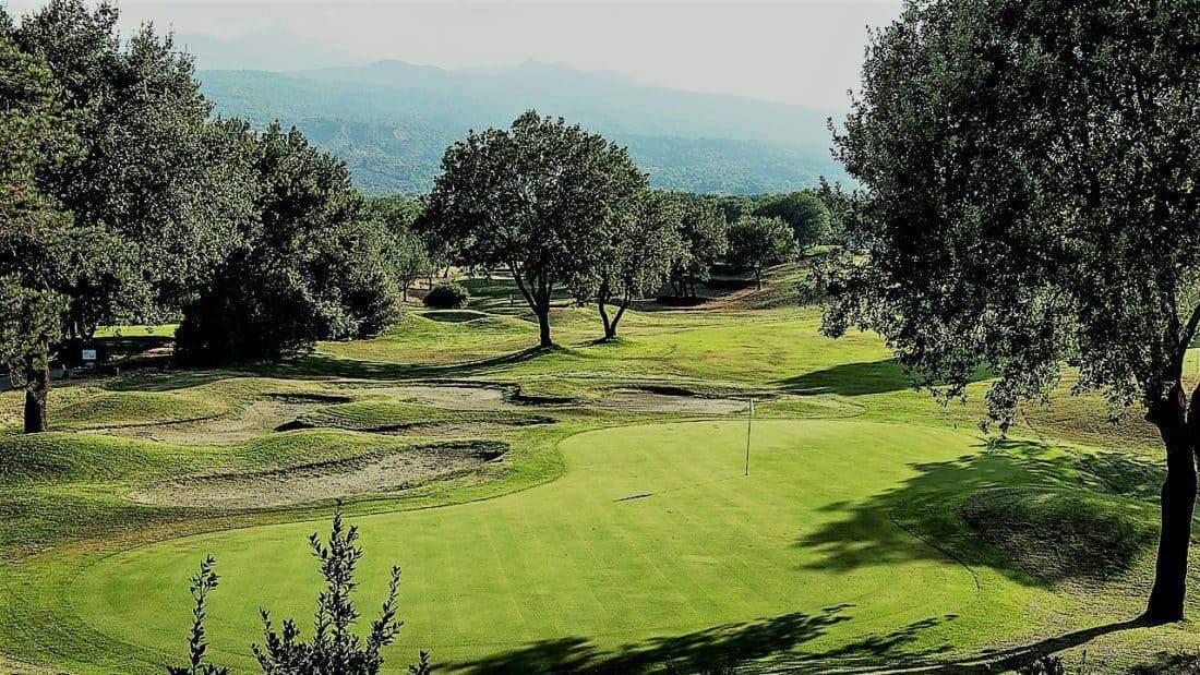 Siciliy, Golfcourse: Il Picciolo Etna Golf