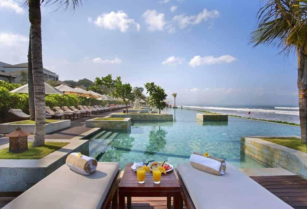 Seminyak Beach - top beach hotel, Bali
