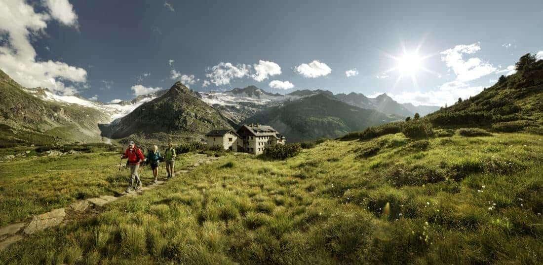 Zillertal bjergvandring i solskin