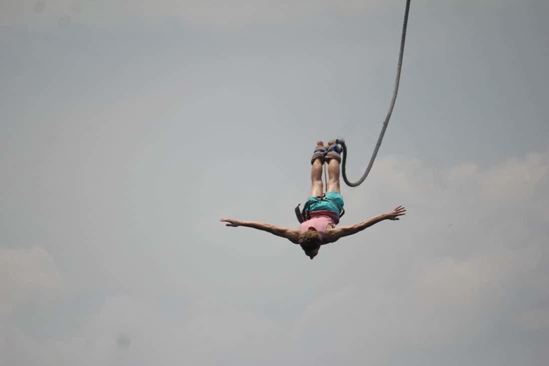 Bungee jumping in Uganda 2
