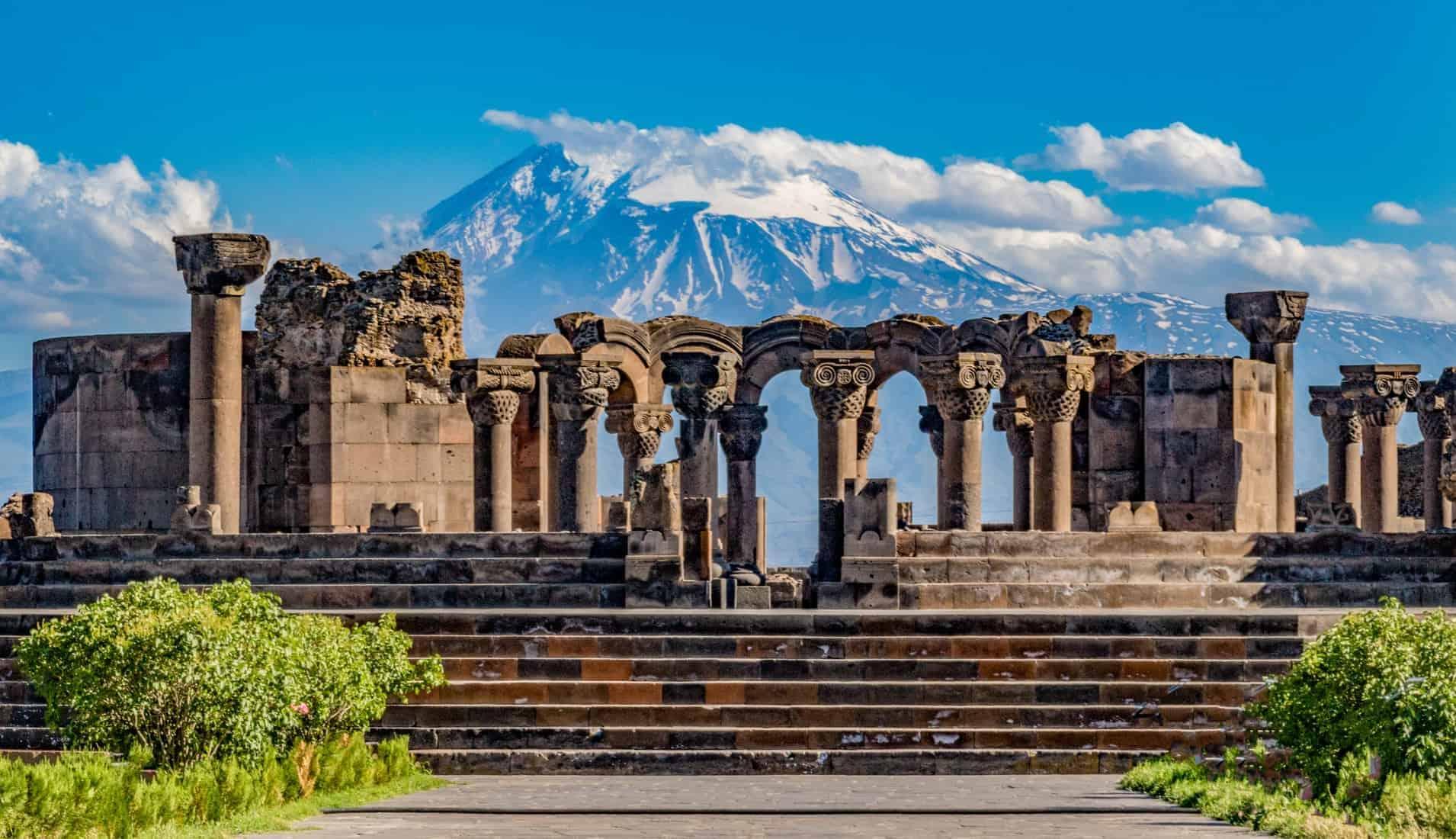 Travel highlights in Armenia. Ruins of the Zvartnos temple in Yerevan, Armenia