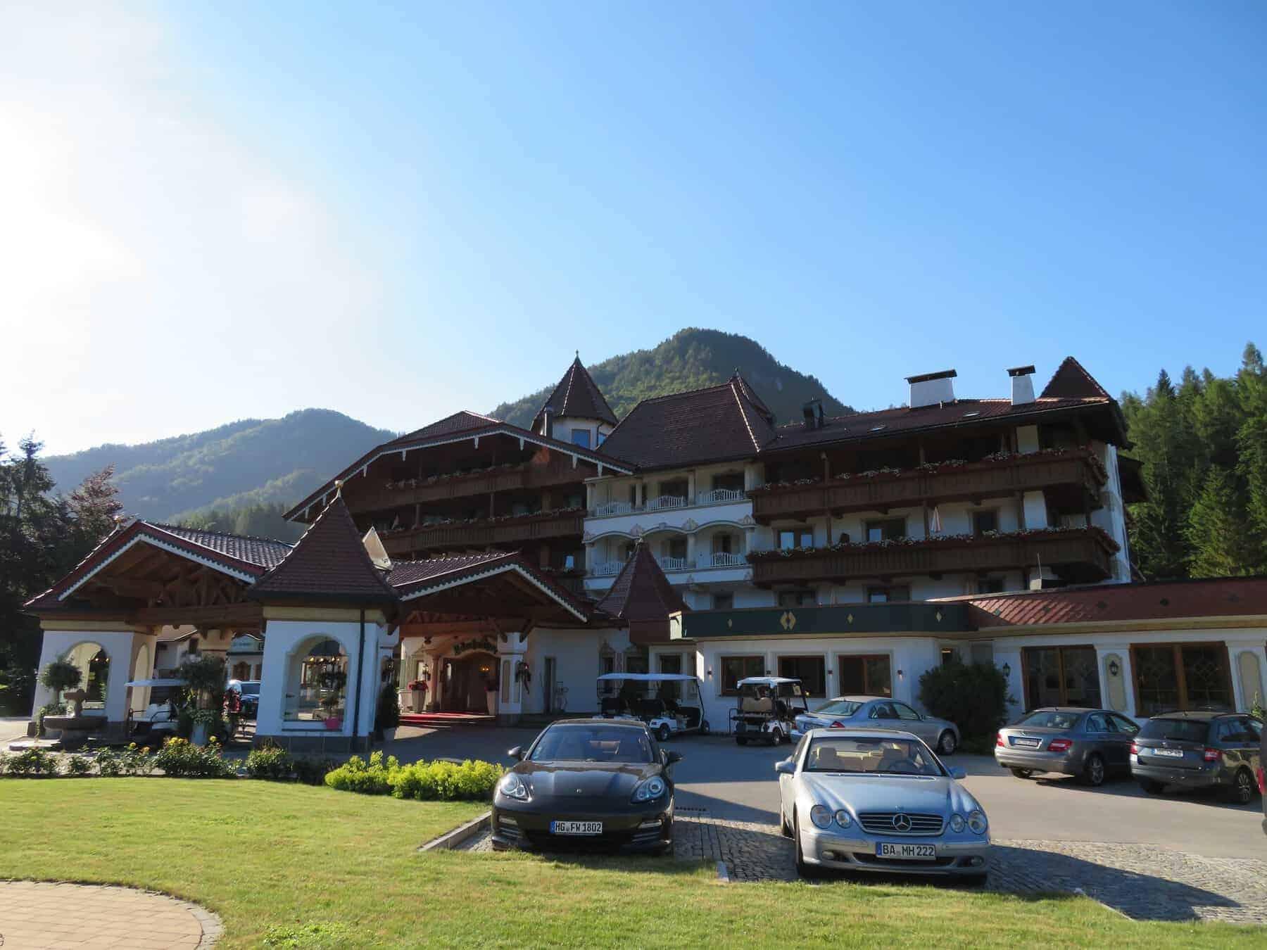 Hotel laerchenhof front entrance