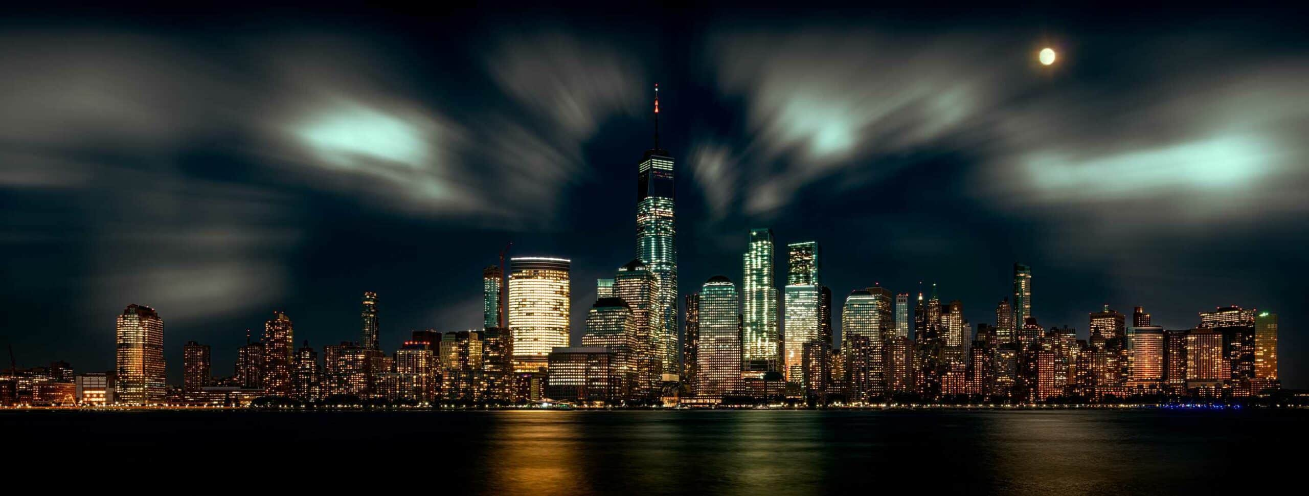 New York Skyline from Newport.Top 15 places to visit in the US