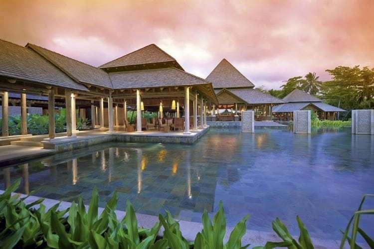 Seychelles, Constance Ephelia Resort - Outdoor Pool