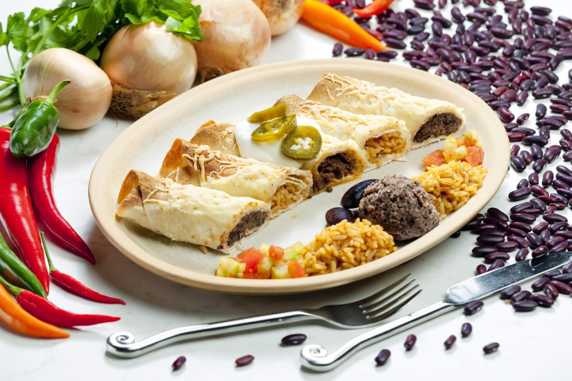 Burritos con alubias y arroz, Mexico