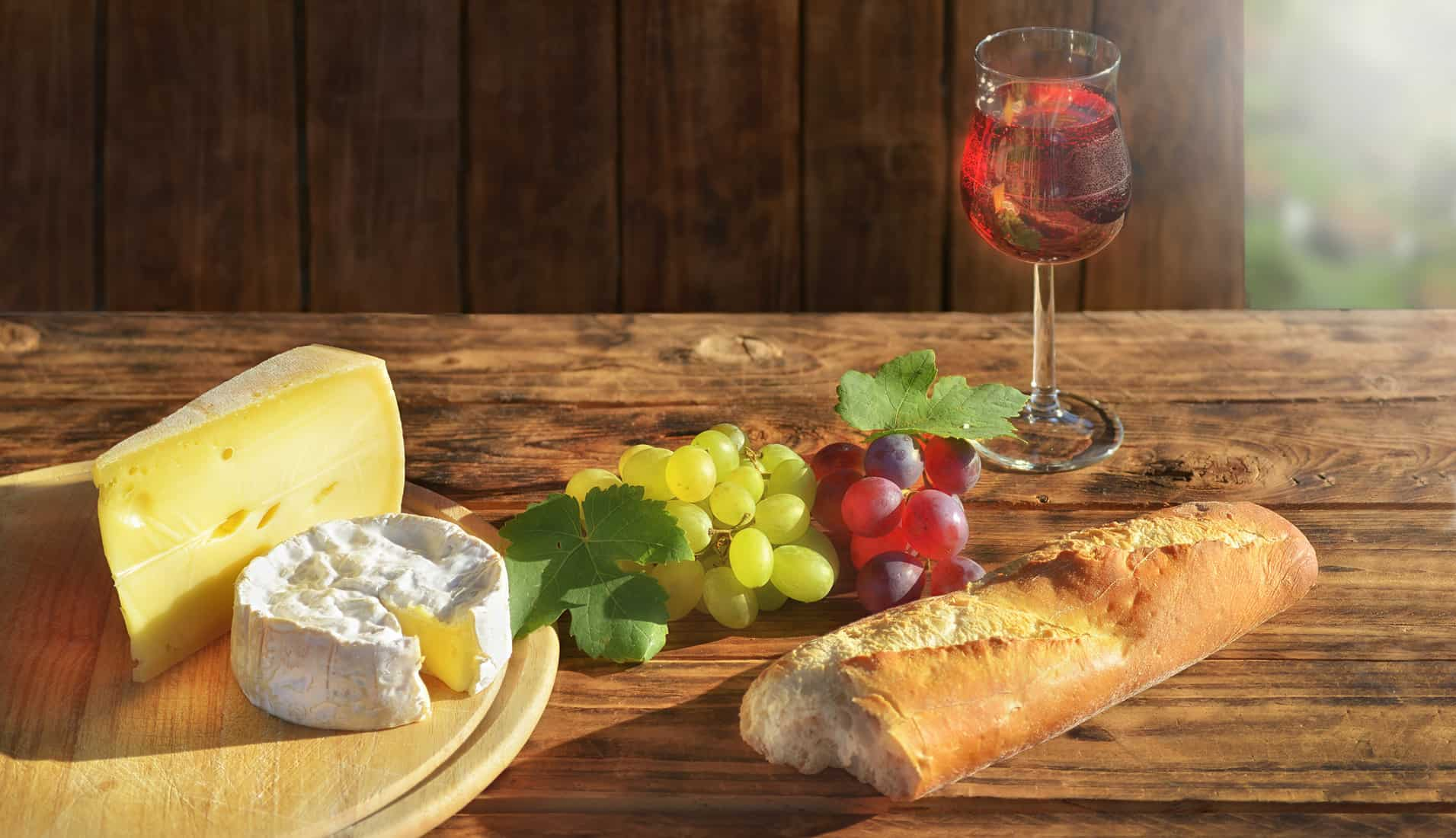 Camembert and grapes, French food