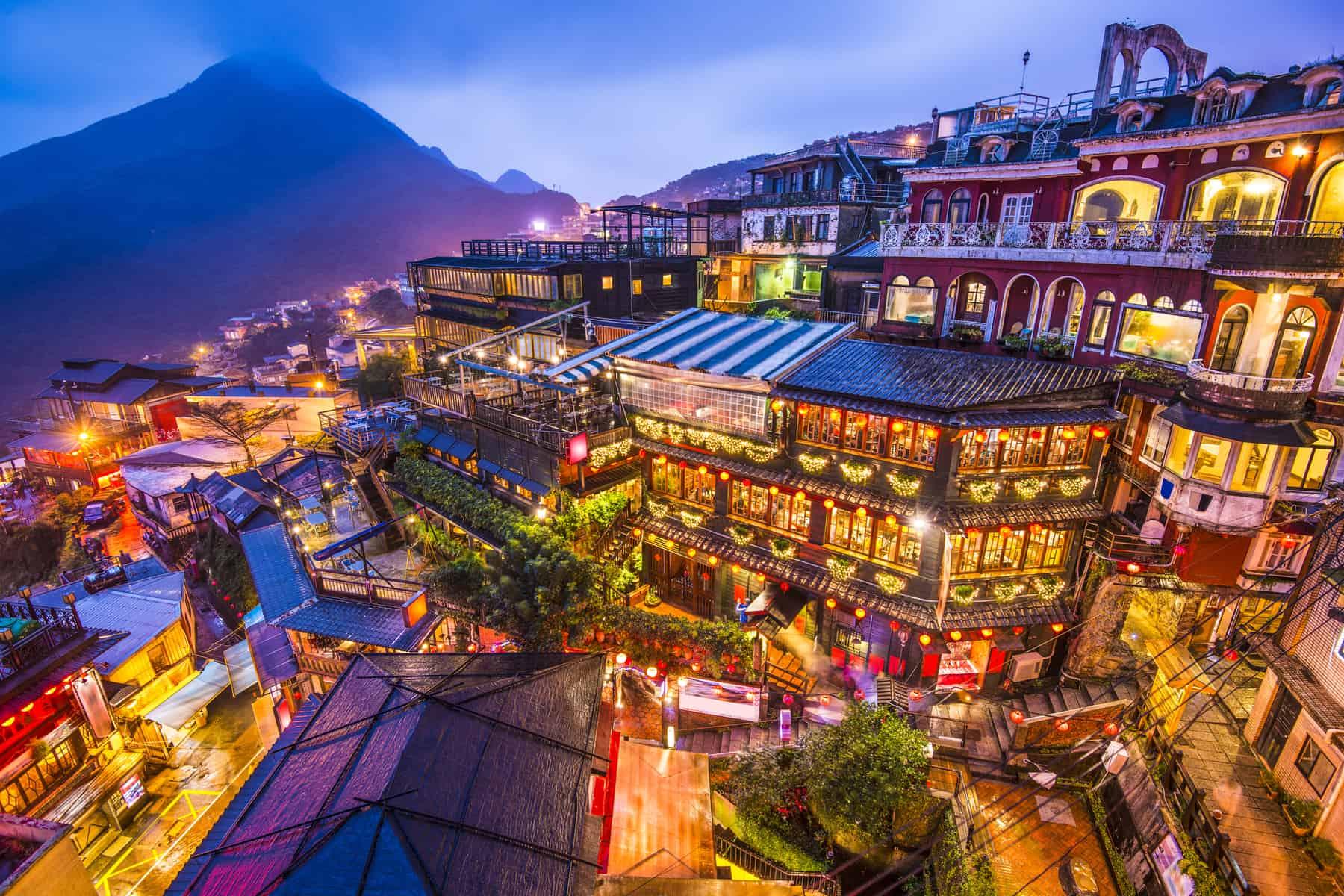 Travel bubbles, Jiufen, Taiwan