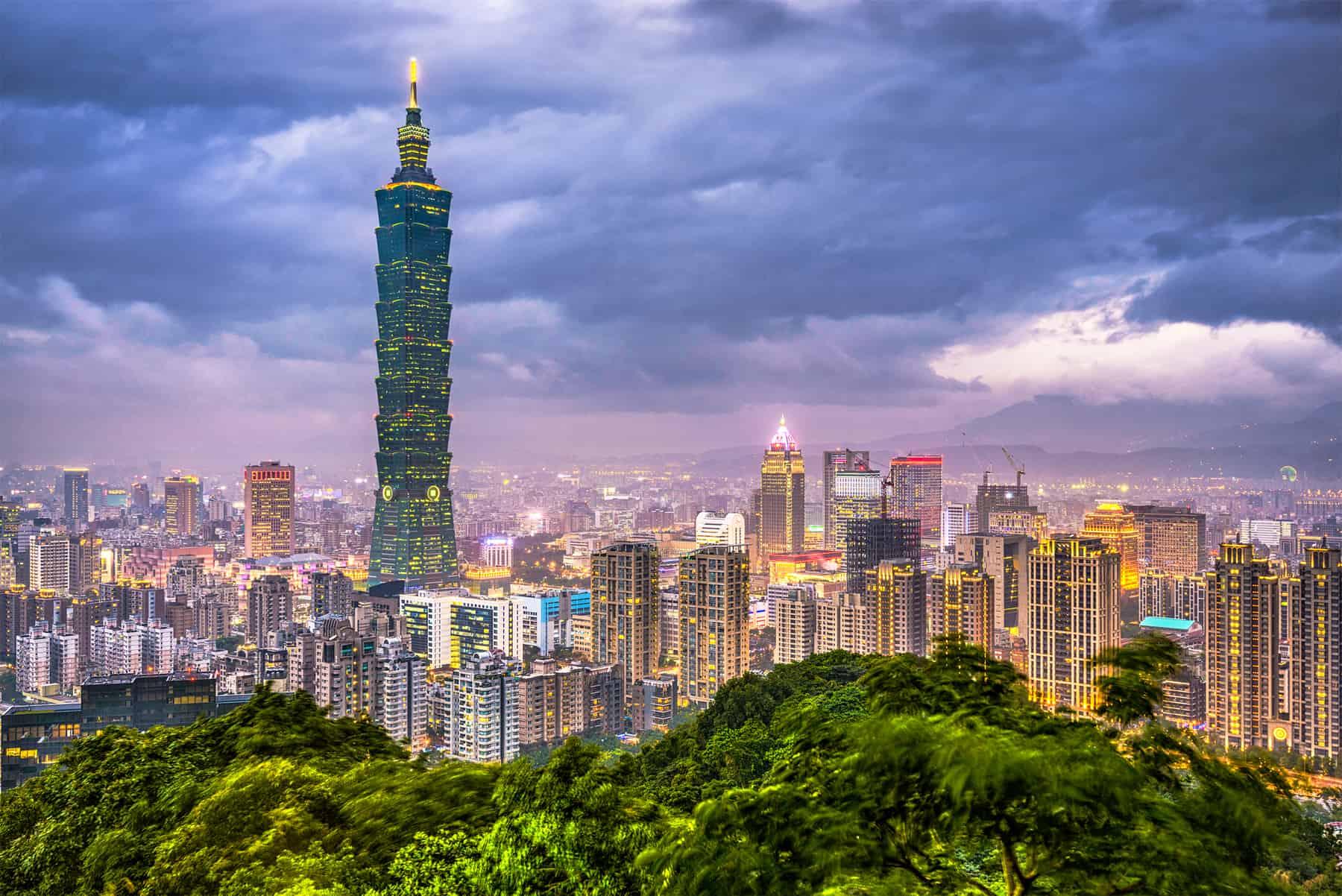 Taipei, Taiwan city skyline.